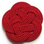 赤一色の5本梅結び。直径33mm。