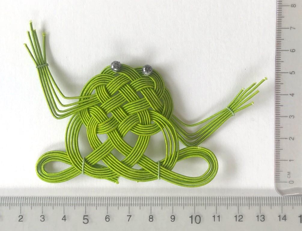 水引亀結びを応用して作った蛙