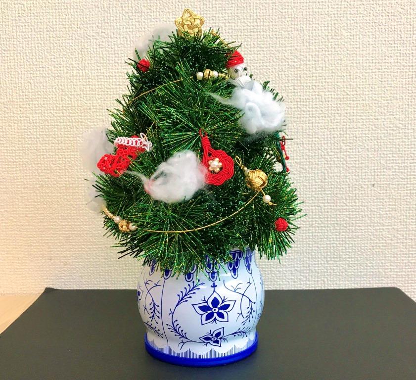 ちょっと小さ目の水引のクリスマスツリーです。