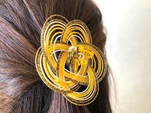 水引梅結びの髪飾り